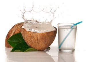 ¿Cuáles son los beneficios para la salud del agua de coco