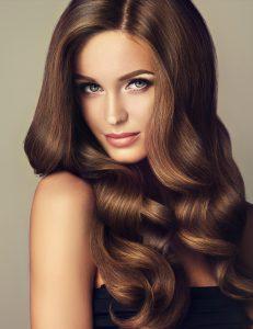 ¿Qué aceite de coco elegir para cuidar tu cabello