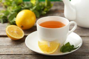 El té verde es un conocido quemador de grasa.